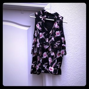 Black Floral Sleeveless Blouse